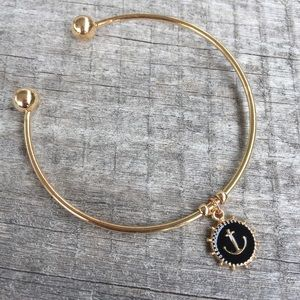 🎉5/$25🎉 Gold Enamel Anchor Charm Bracelet